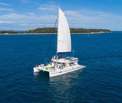 top10 activites evjf - catamaran