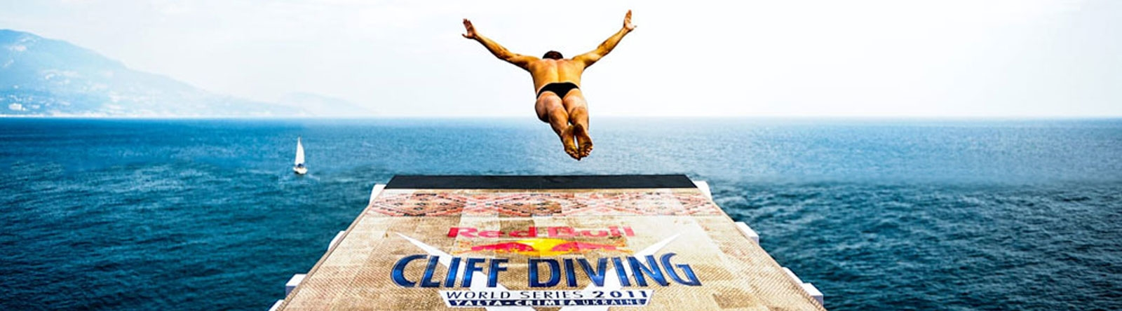 redbull-cliff-diving-saint-raphael