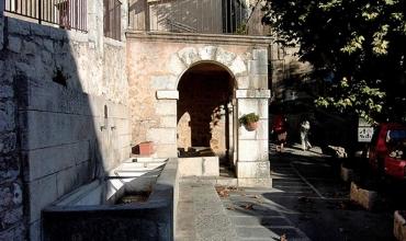 Fontaine - Fayence