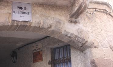Porte  du Bourguet