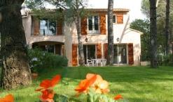 La Villa - Au bois fleuri
