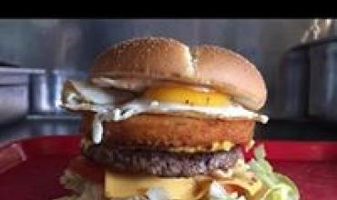 Le Méga Burger