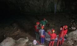 grottes et avens