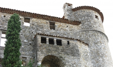 CHATEAU MEDIEVAL