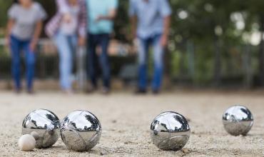 Programme des concours de boules de l'association « les amis de la petite boule »