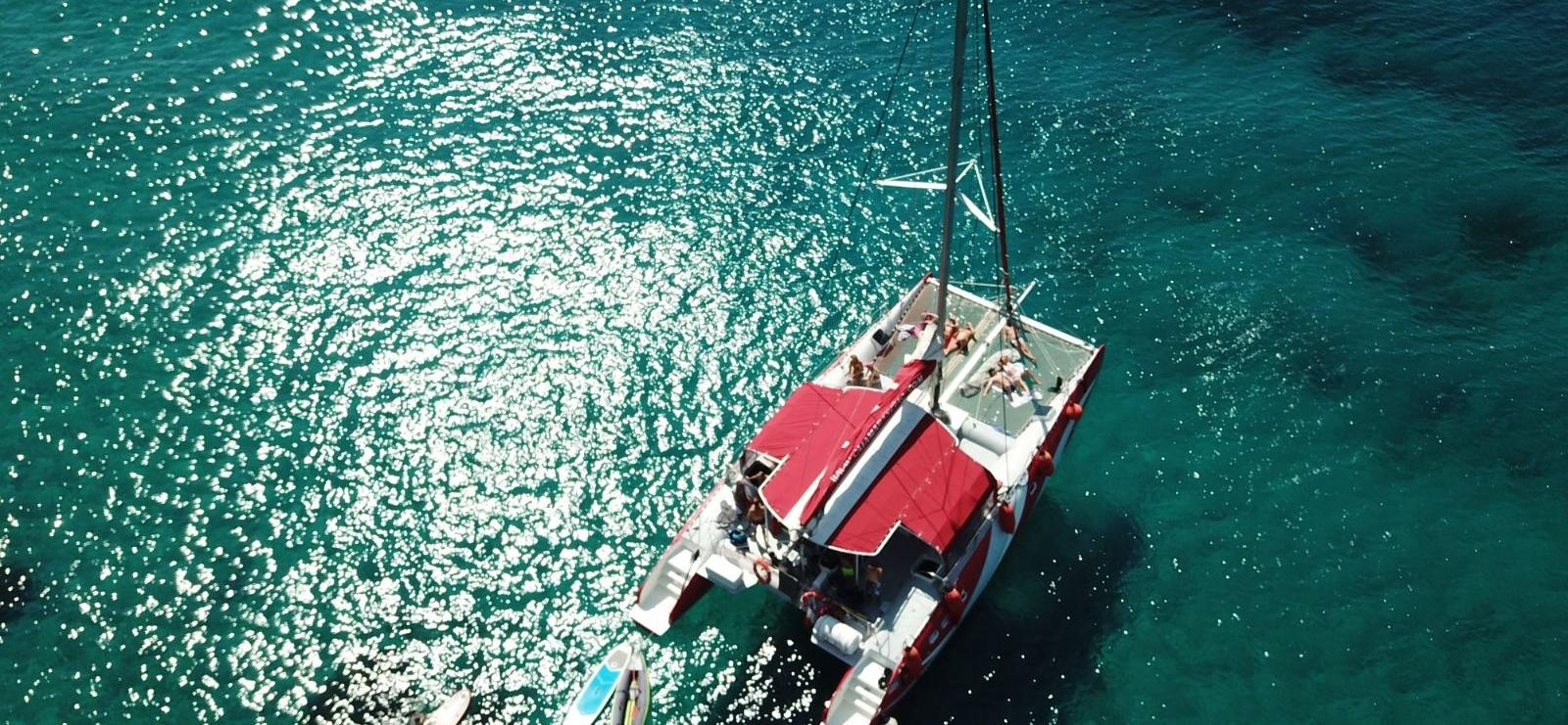 Sortie en maxi catamaran avec dîner