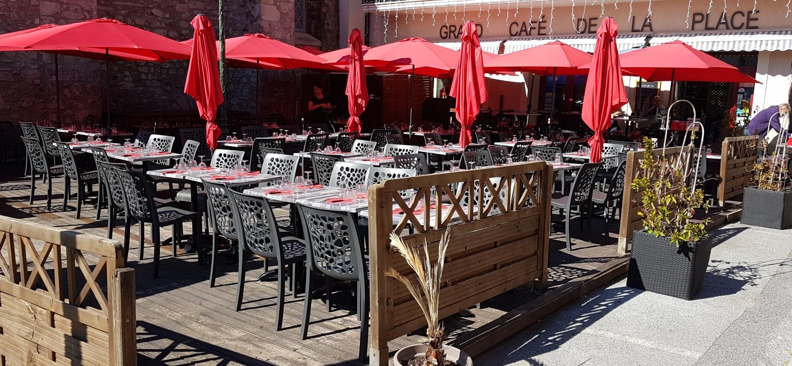 Soirée karaoké au Café de la Place