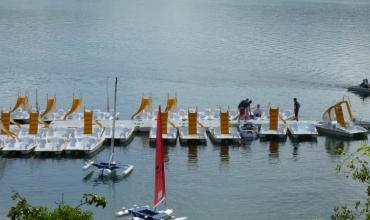 Pédalos lac de St cassien