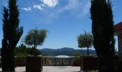 Côté jardin avec vue panoramique