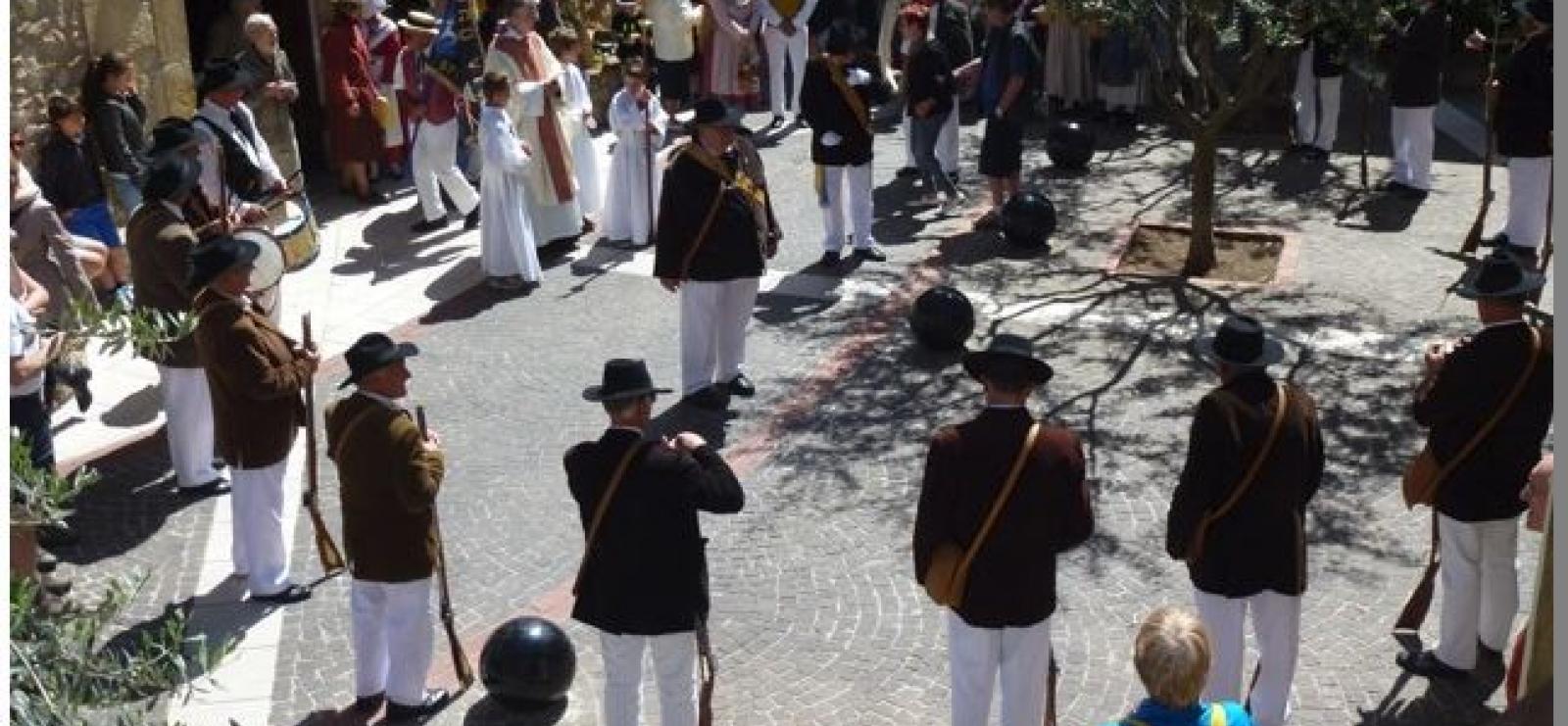 bravadeurs, danses et chants folkloriques