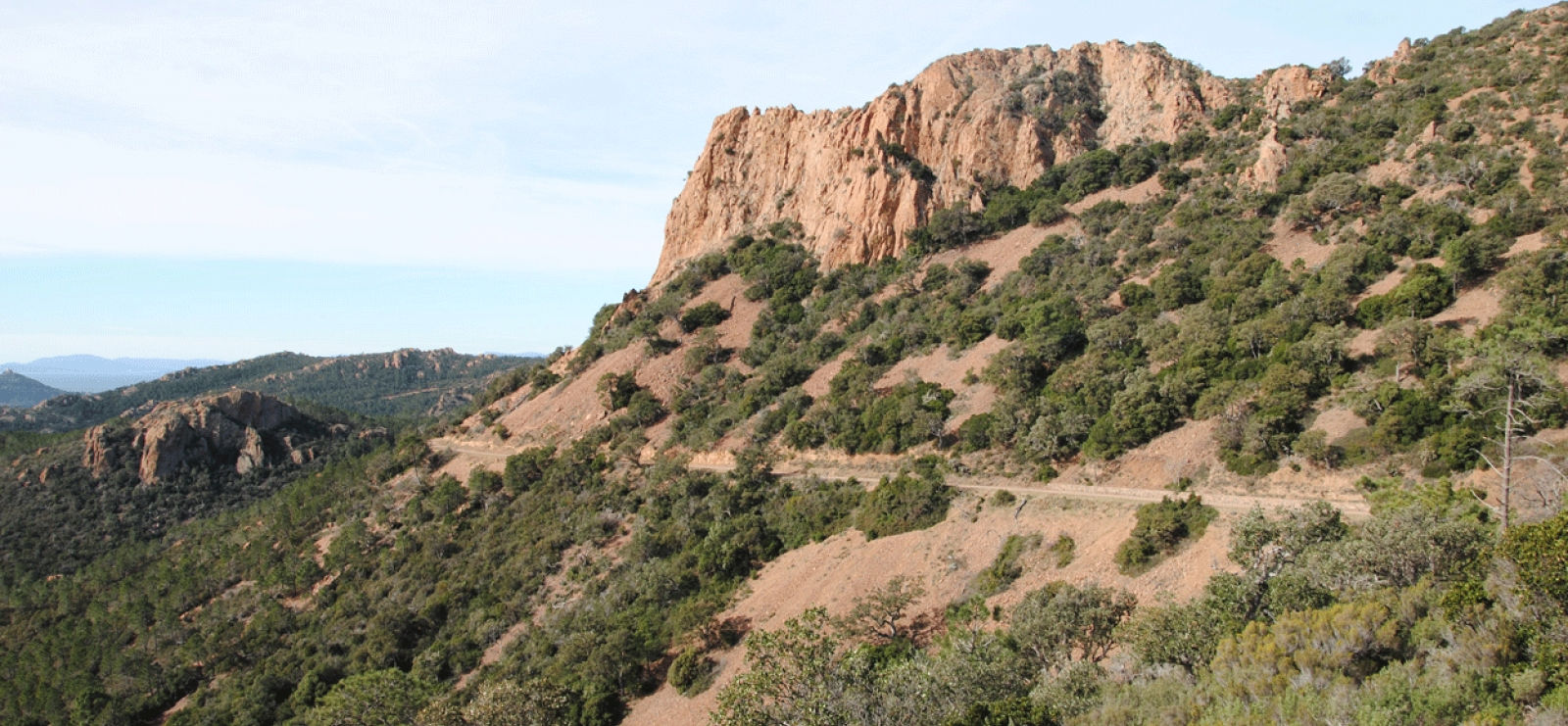 Randonnée : Sentier biologique des senteurs - Rocher Saint-Barthélémy