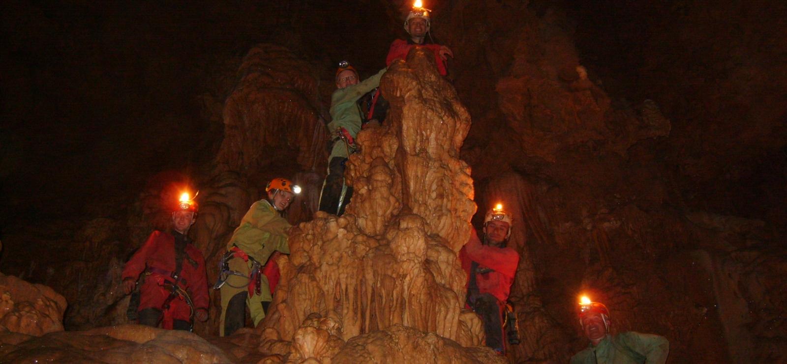 Découverte de grottes
