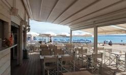 Plage Restaurant - Blanc et Bleu Beach club