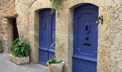 linteaux gravés et portes anciennes