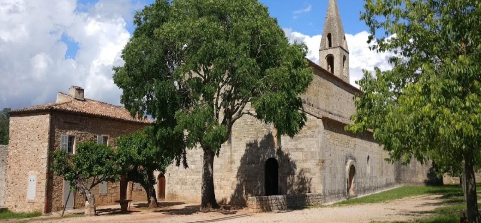 Groupe-Patrimoine-Village-médiéval-Thoronet